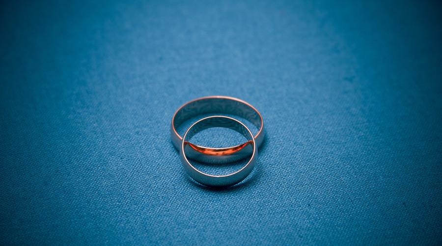 涉外协议离婚如何处理